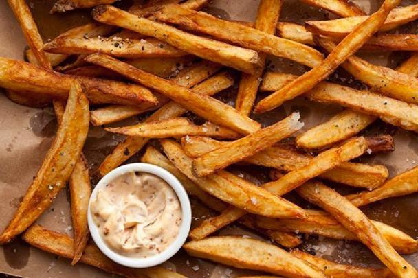 Des frites maison sans friteuse, les conseils
